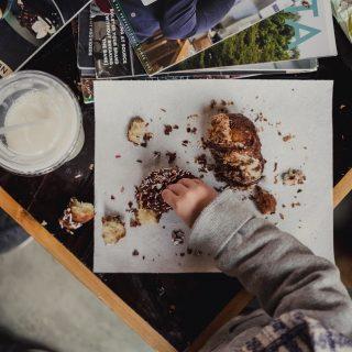 Fijne zondag!  #komtvoordebakker #bakker #bakkervanroon #bakkerij #brood #broodbakken #patisserie #bakken #delft #gebak #contactloosbrood #samenwerking #ambachtelijk #weetwatjekoopt #versbrood #samensterk #winkel #online