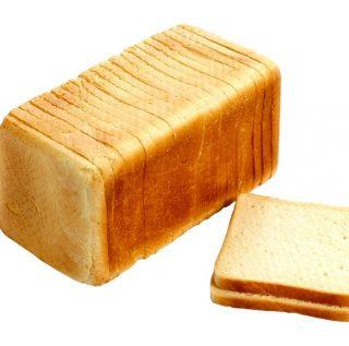 Super brood om ook tosti's of wentelteefjes te maken! Een casinobrood is een speciaal busbrood. Dit vierkante of ronde witbrood wordt gebakken in een bus, die met een langwerpige deksel wordt afgesloten. Op die manier kan het deeg tijdens het bakken niet 'uit de pan rijzen'. #bakker #bakkervanroon #bakkerij #brood #broodbakken #patisserie #bakken #delft #gebak #contactloosbrood #samenwerking #ambachtelijk #weetwatjekoopt #versbrood #samensterk #winkel #online